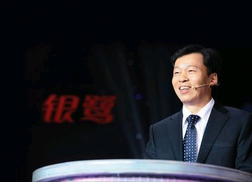 他靠一碗粥赚了100亿,占据全国60%市场,创造中国粥王神话!